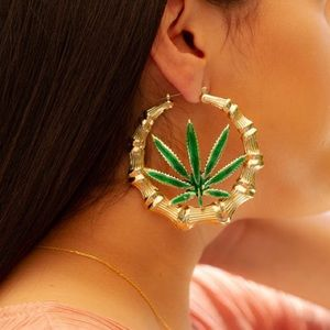 """NWT Weed Leaf Bamboo Faux Gold Hoops 2.75"""""""